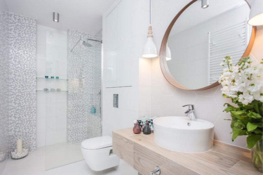 Lampy i kinkiety łazienkowe