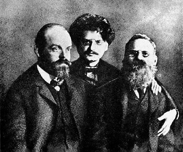 Gdyby nie on, by� mo�e nie dosz�oby do rewolucji pa�dziernikowej, a bolszewicy nie zdobyliby w�adzy