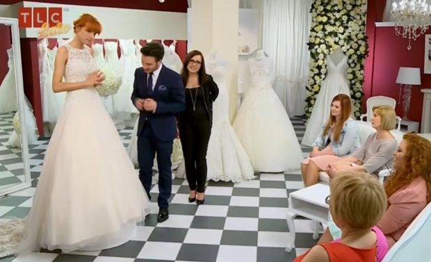 salon sukien ślubnych a w nim barbara kurdejszatan