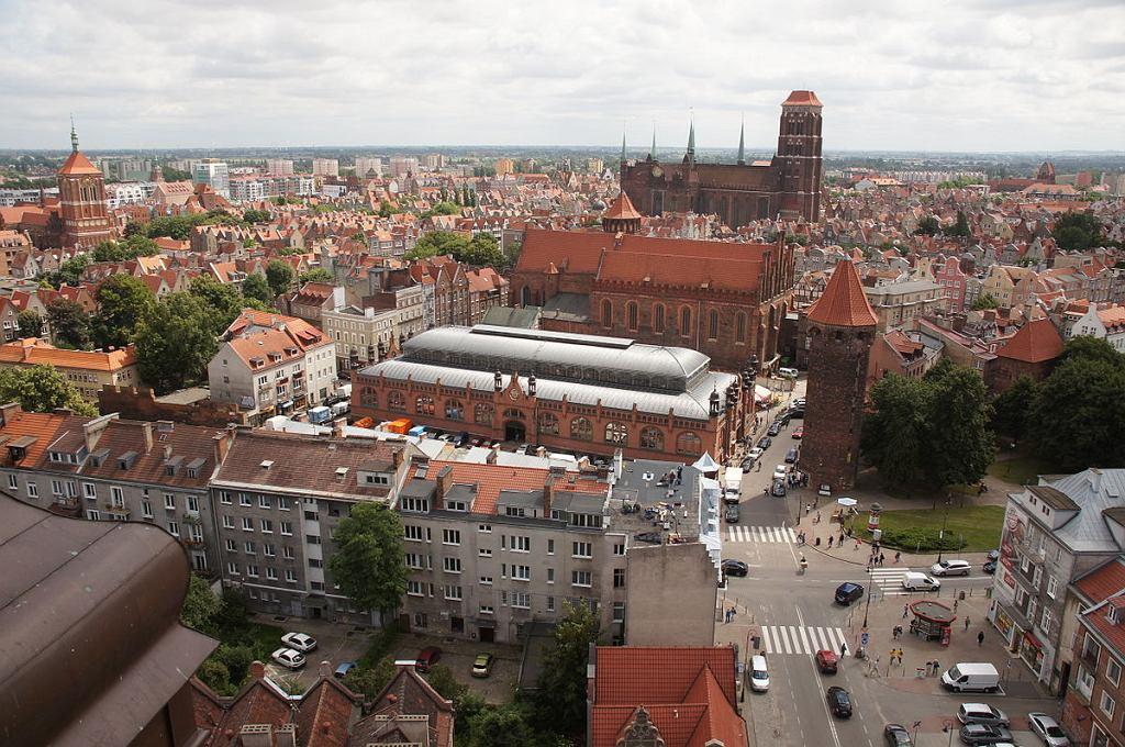 Widok z wieży Kościoła św. Katarzyny na Główne Miasto