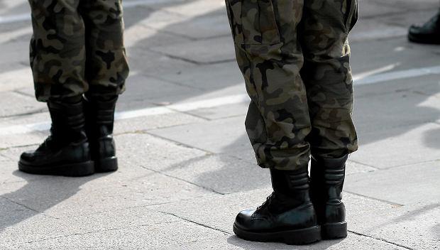 Próba gwałtu w Brygadzie Kawalerii Pancernej w Świętoszowie? Kolega miał dopaść żołnierkę w nocy