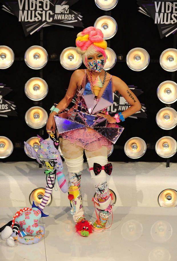 Nicki Minaj arrives at the 2011 MTV Video Music Awards (VMAs) August 28, 2011 at the Noika Theatre in downtown Los Angeles, California.   AFP PHOTO / Frederic J. Brown