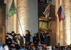 Prorosyjscy demonstranci wdzierają się do budynku administracji obwodowej w Charkowie