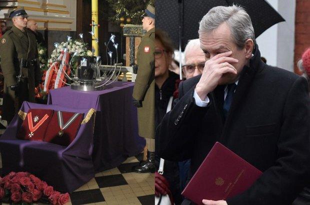Pogrzeb Bogus�awa Kaczy�skiego. Minister Piotr Gli�ski