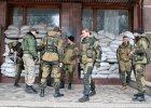 """Rebelianci na Ukrainie """"walczą"""" z narkomanią. Wysyłają uzależnionych na przymusowe roboty"""