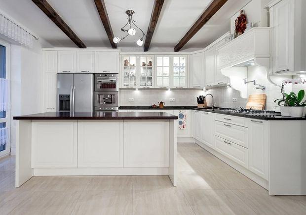 Jakie dodatki wybrać do białej kuchni? -> Waniliowa Kuchnia Jakie Dodatki