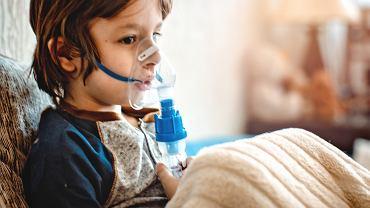 Zapalenie płuc u dzieci niekiedy rozwija się bardzo szybko.