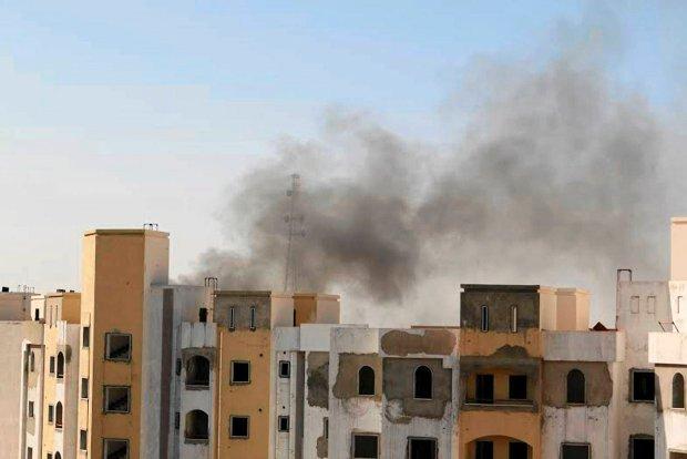 Starcia wok� lotniska w Libii. 9 zabitych