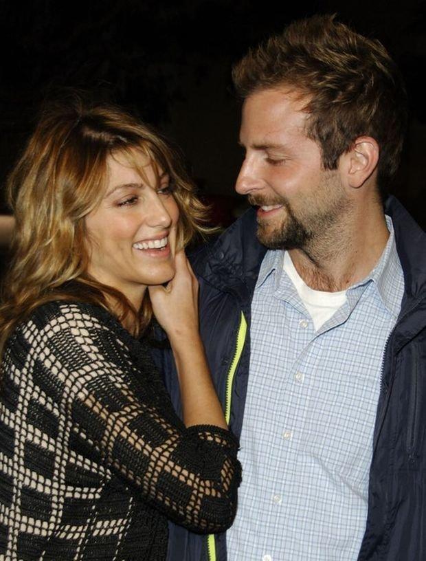 Jennifer Esposito i Bradley Cooper