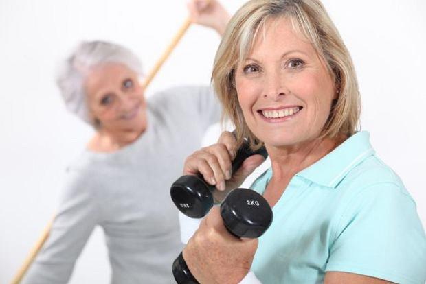 Napady gor�ca z powodu menopauzy? Pomog� �wiczenia fizyczne