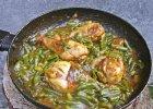 Kurczak duszony w curry z fasolk�