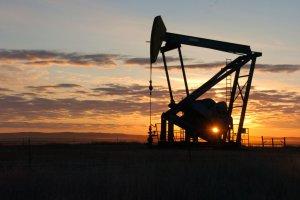 Ropa najta�sza od maja 2009 r., a na horyzoncie mo�liwa wojna cenowa
