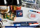 """Szczyt NATO. Zestawy dla dziennikarzy: miód pitny, czekoladki, karta miejska i """"ściąga"""" z polskimi politykami"""
