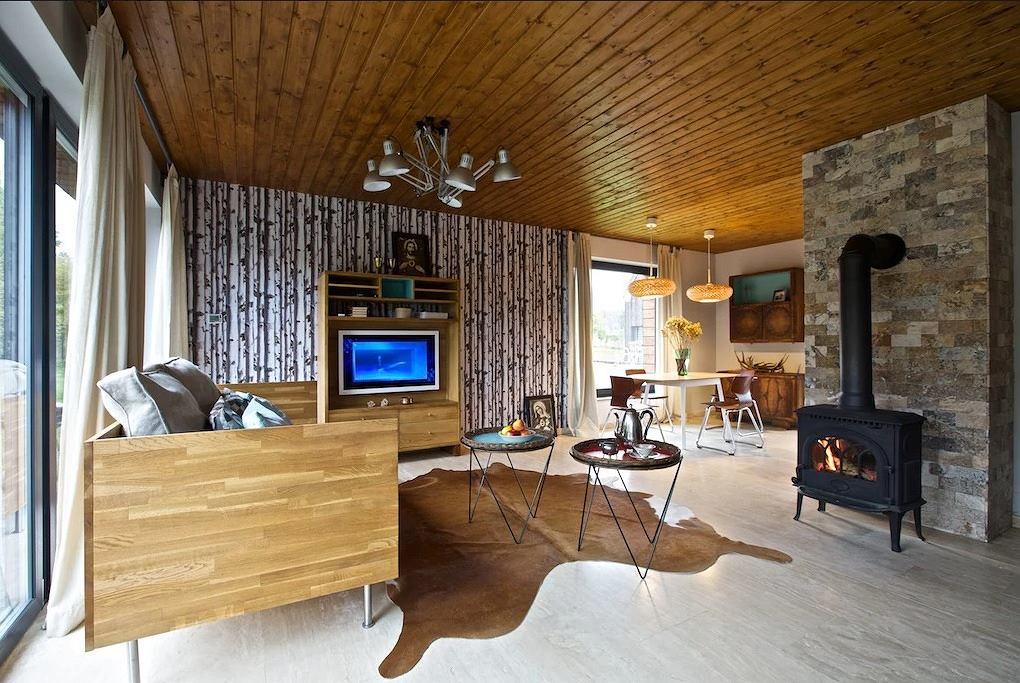 Wnętrze domku Naturalnie naturalny