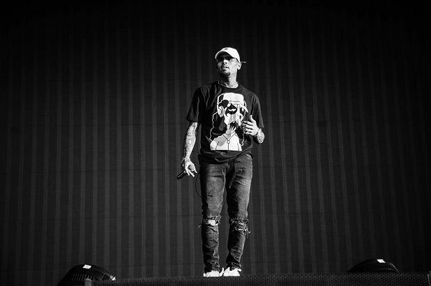 """Chris Brown wydał """"My Friend"""" i """"A Lot of Love"""". Obie piosenki składa w hołdzie Altonowi Sterlingowi i Philando Castile."""