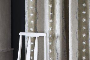 Jak ufarbować tkaninę? Radzi Annie Sloan