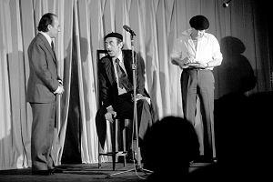 Kabaret Dudek 51 lat temu pokaza� pierwszy program. Uczy� dobrego smaku