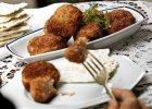 Obiad z pulpetami rybnymi po żydowsku