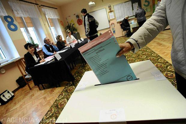 Oficjalnie czteroletnia kadencja rady miasta rozpoczyna sie wraz z dniem wyborów