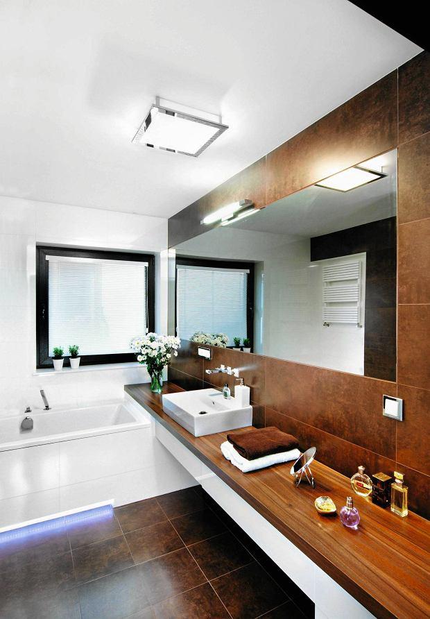 Łazienka, oświetlenie łazienki
