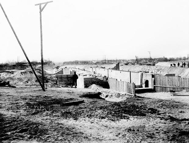 Zdjęcie numer 8 w galerii - Niesamowite zdjęcia z budowy Kanału Bydgoskiego. I podobnego