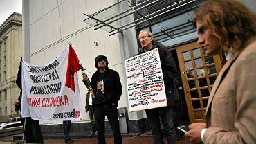 Protest Obywateli RP przed sądem