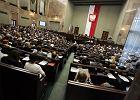 Oprócz PiS, PO i Kukiza na miejsce w Sejmie mogą liczyć jeszcze trzy ugrupowania [NAJNOWSZY SONDAŻ]