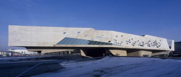 Budynek autorstwa słynnej Zahy Hadid w niemieckim Wolfsburgu