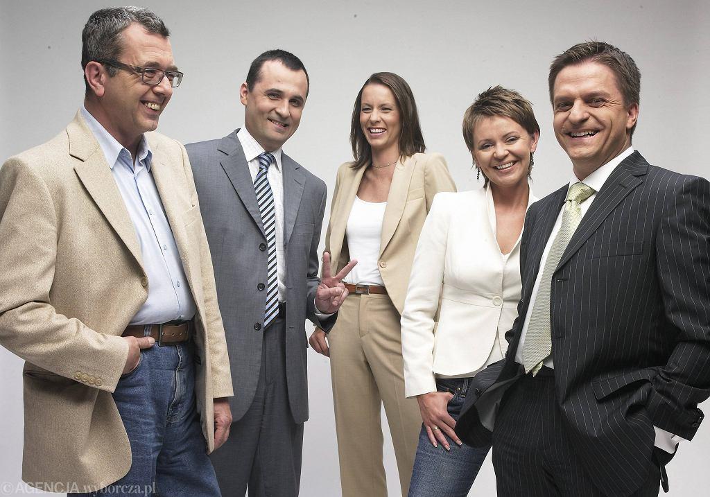 Ekipa TVN24 sprzed 10 laty. Od lewej Grzegorz Miecugow, Roman Młodkowski, Anita Werner, Justyna Pochanke, Bogdan Rymanowski (fot. Maciej Zienkiewicz / Agencja Gazeta)