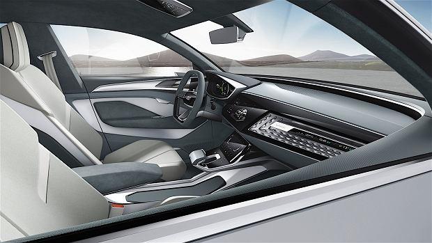 Zdjęcie numer 4 w galerii - Audi E-Tron Sportback   Crossover Gran Turismo