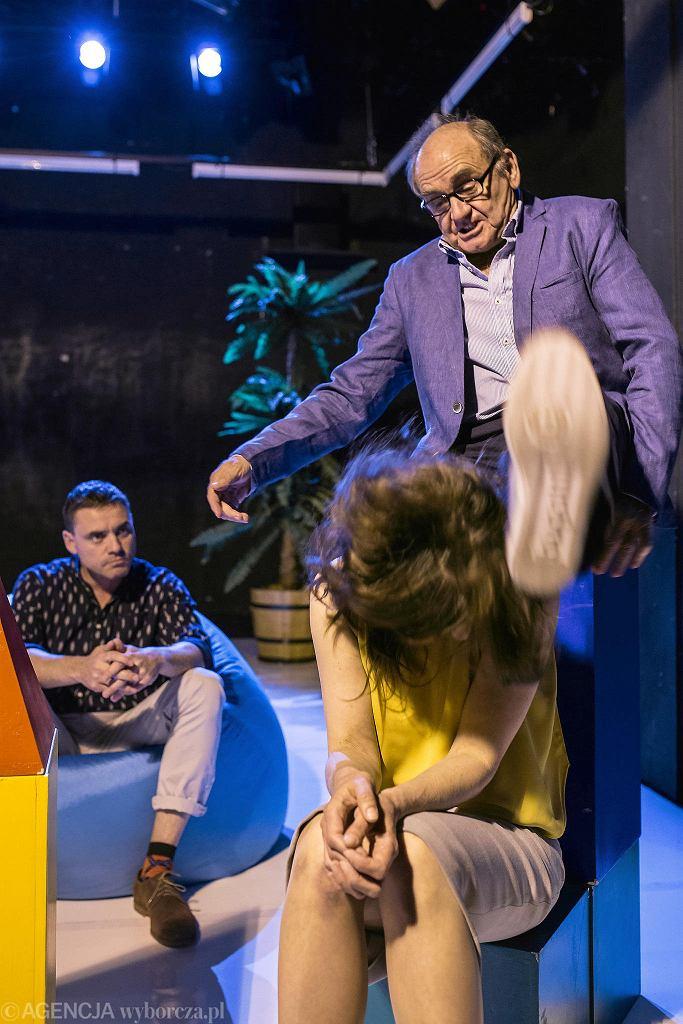 Teatr Stary, Błażej Peszek, Jan Peszek i Katarzyna Krzanowska podczas próby spektaklu 'Ojciec Matka Tunel Strachu'  / MICHAŁ ŁEPECKI