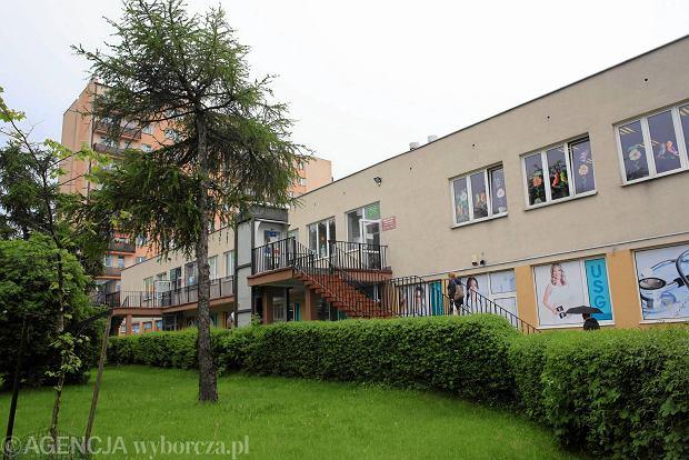 Ursus. Dyrektor biblioteki i jego zastępczyni mieli wyłudzić 190 tys. zł
