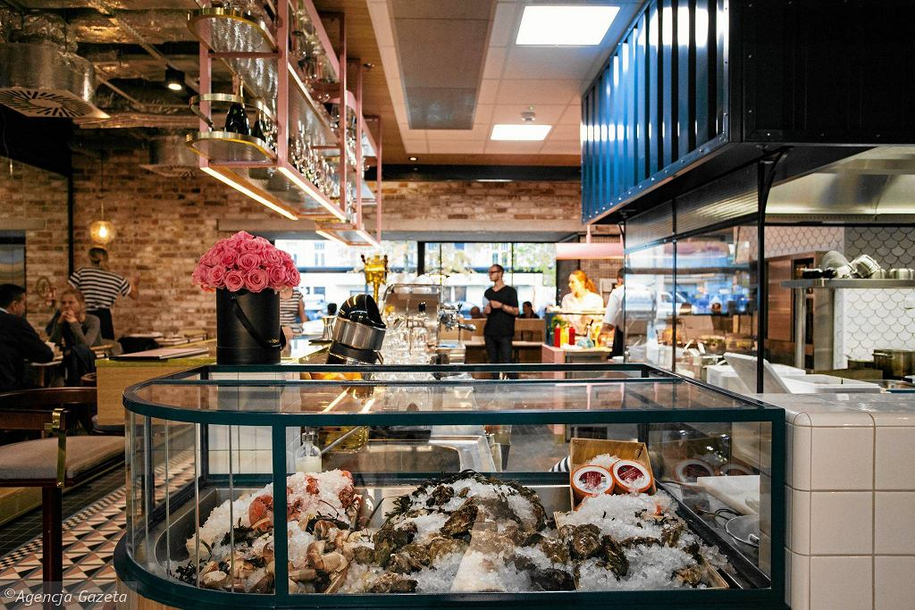Wnętrze restauracji Port Royal / Wnętrze restauracji Port Royal DAWID ŻUCHOWICZ