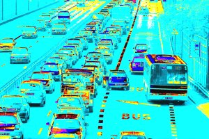 Buspasy to fikcja: kierowcy osobówek są na nich bezkarni [KOMENTARZ]