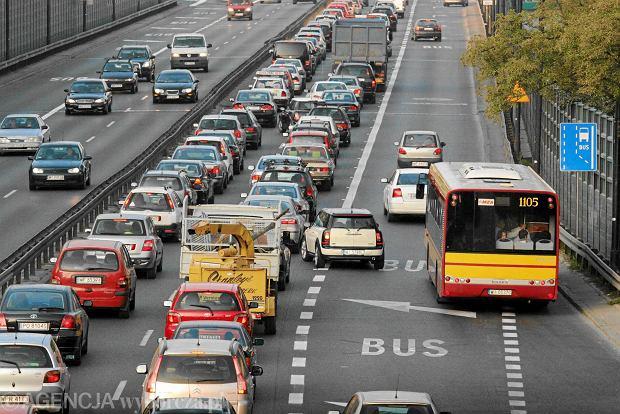Buspasy to fikcja: kierowcy osob�wek s� na nich bezkarni [KOMENTARZ]