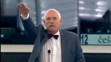 "Janusz Korwin-Mikke hajluje w europarlamencie: ""Ein Reich, ein Volk, ein Ticket"""
