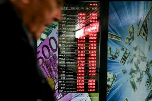 Banki pomogą frankowiczom. Przyjęły propozycje ZBP. Będą wakacje kredytowe i przewalutowanie bez prowizji