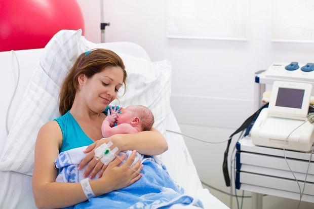 Poród naturalny czy cesarskie cięcie?