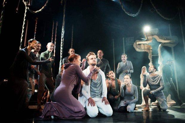 """""""Jesus Christ Superstar"""" w Teatrze Rampa. Jezus �piewa bosko [RECENZJA]"""