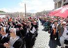 Polacy w Rzymie dzi�kuj� dzi� za papie�a i modl� si� za Ukrain� [KORESPONDENCJA Z WATYKANU]