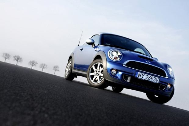 Mini Cooper S Coupe - test | Za kierownic�