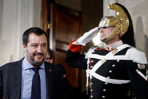 Włochy. Porozumienie liderów zwycięskich partii. Projekt sceptyczny wobec UE, wrogi imigrantom