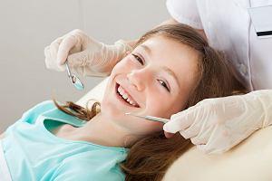 Mobilne gabinety stomatologiczne - dentobusy - nie rozwiążą problemu próchnicy u dzieci