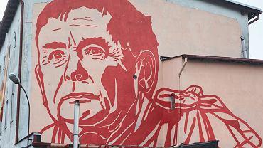 Mural autorstwa Mariusza Warasa z podobizną Jarosława Kaczyńskiego, Gdańsk, ul. Wiosny Ludów 4
