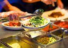 Zatrucie pokarmowe. Jak powstaj� niebezpieczne toksyny