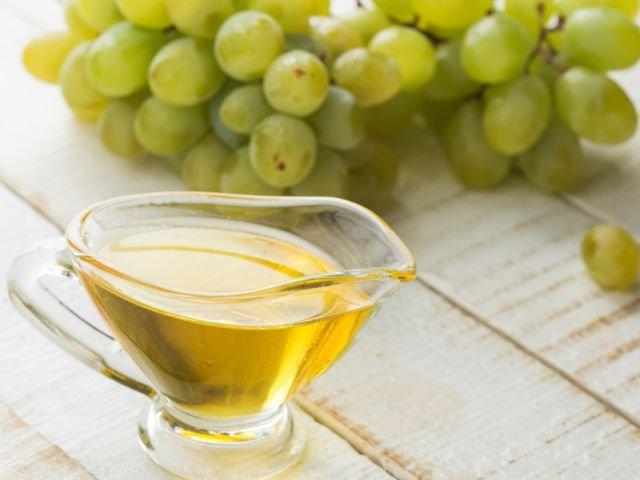 Olej z pestek winogron - zamiast olejku do ciała