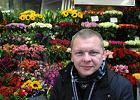 Ksiądz śpiewa o kwiaciarkach. Co go inspiruje? [ROZMOWA]