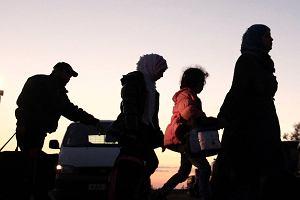 Uchodźca z 4 żonami i 23 dzieci żyją z niemieckiego socjalu. Jak to możliwe?  Oficjalnie musiał wybrać jedną...