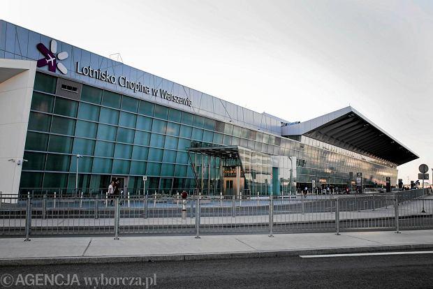 Pracownicy chcą odwołania dyrektora Lotniska Chopina. Będzie strajk?