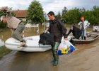 Bo�nia bez pomocy po powodzi. �wiat boi si�, �e rozkradn� j� politycy